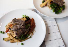Culinária – Stir Fry de carne com legumes