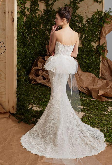 carolina-herrera-wedding-dresses-spring-2017-005
