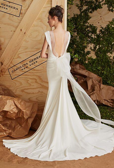 carolina-herrera-wedding-dresses-spring-2017-011