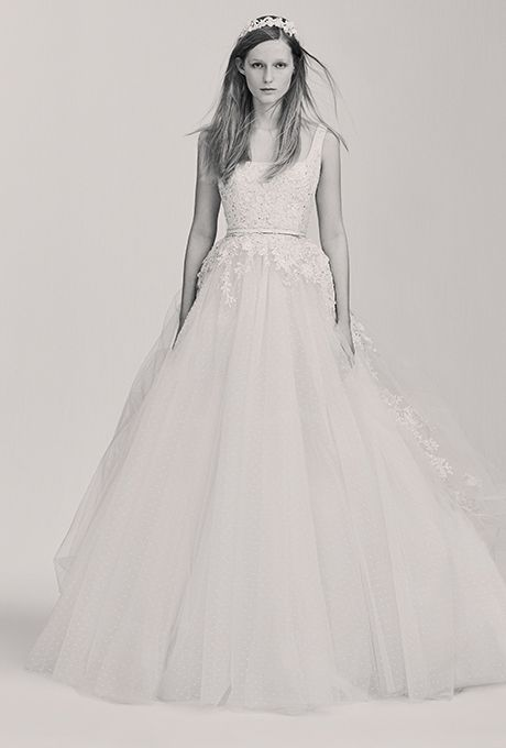 elie-saab-bridal-wedding-dresses-spring-2017-023