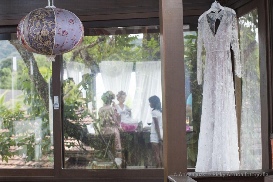 anna quast ricky arruda estaleiro guest house jr mendes ana julia figueiredo lourdinha noyama destination wedding camboriu video soul cozinha ninha flor thai pasin-03771602