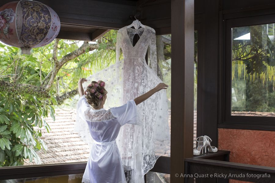 anna quast ricky arruda estaleiro guest house jr mendes ana julia figueiredo lourdinha noyama destination wedding camboriu video soul cozinha ninha flor thai pasin-03771697